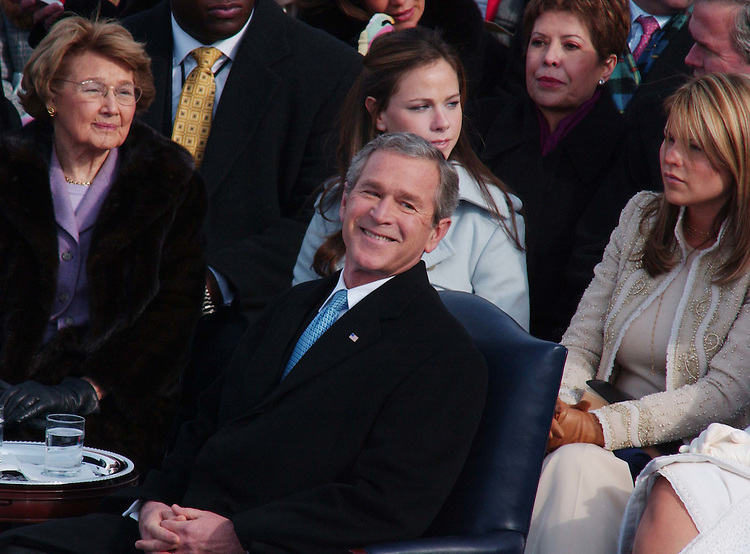 01/20/05.PRESIDENTIAL INAUGURATION--President George W. Bush during his swearing-in ceremony. Daughters Barbara and Jenna are behind him..CONGRESSIONAL QUARTERLY PHOTO BY SCOTT J. FERRELL
