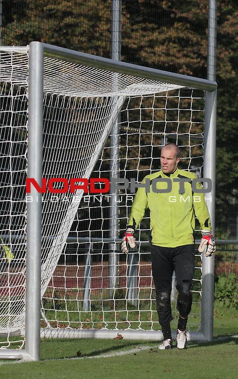Han96 TW Robert Enke -hier im 1. Han96 Training am 13.10.09 nach seiner Krankheit                                                                                                    Foto:  /  nph (  nordphoto  )
