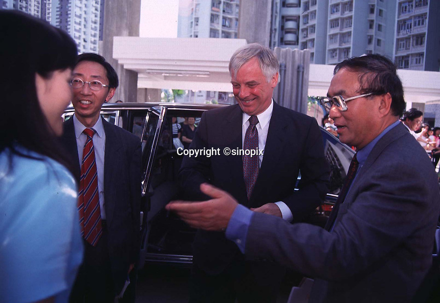1405: CHRIS PATTEN : HONG KONG<br /> <br /> Hong kong Govenor Chris Patten greets a young lady during a visit to Fanling in the North Territory in the New territories, 14/05/97.<br /> <br /> PHOTO BY RICHARD JONES