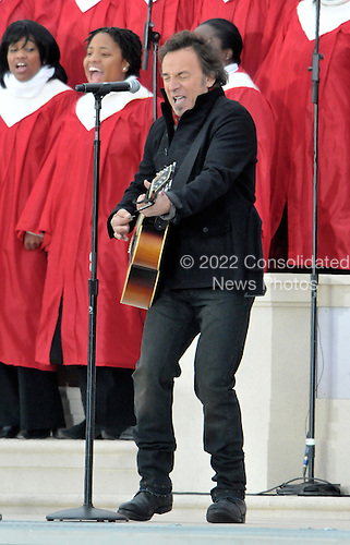 """Washington, DC - January 18, 2009 -- Bruce Springsteen performs at the """"Today: We are One - The Obama Inaugural Celebration at the Lincoln Memorial"""" in Washington, D.C. on Sunday, January 18, 2009..Credit: Ron Sachs / CNP.(RESTRICTION: NO New York or New Jersey Newspapers or newspapers within a 75 mile radius of New York City)"""