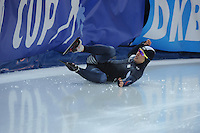 SPEED SKATING: STAVANGER: Sørmarka Arena, 31-01-2016, ISU World Cup, 1000m Men Division A, fall of Jin-Su Kim (KOR), ©photo Martin de Jong
