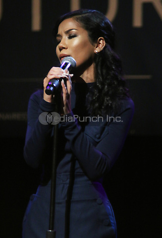 NEW YORK, NY - APRIL 9, 2016 Jhene Aiko performs at the Bernie Sanders community conversation at the Apollo Theater, April 9, 2016 in Harlem, New York. Photo Credit: Jamel Johnson / Media Punch
