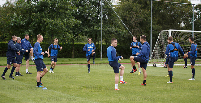 Only the unused and the subs from last night training today