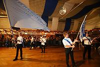 Büttelborn 17.09.2017: Biddelberner Kerb<br /> Biddelberner Kerweborsch ziehen in die Tornhall ein