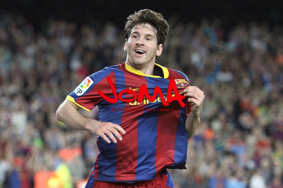 Liga BBVA, EL FC Barcelona s'imposa 3-1 a l'Almeria i mante la distancia de 8 punts per afrontar el derbi