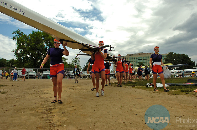 31 MAY 2009: Members of Clemson University's Second Eights team carry their boat to the water during NCAA Division I Rowing Championships held at the Cooper River in Camden, New Jersey. Clemson finished 5th in the Second Eights Petite Final with a time of 6:51.60.  Eric Hartline/NCAA Photos