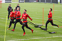 Taleb Tawatha (Eintracht Frankfurt), Jetro Willems (Eintracht Frankfurt), Marius Wolf (Eintracht Frankfurt), Danny Blum (Eintracht Frankfurt), Daichi Kamada (Eintracht Frankfurt) beim Steigerungslauf - 08.11.2017: Eintracht Frankfurt Training, Commerzbank Arena