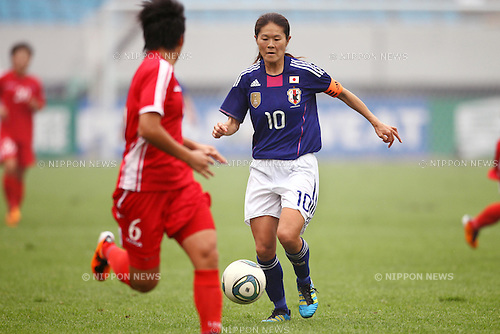 Homare Sawa (JPN), September 8, 2011 - Football / Soccer : Women's Asian Football Qualifiers Final Round for London Olympic Match between Japan 1-1 North Korea at Shandong Provincial Stadium, Jinan, China. (Photo by Daiju Kitamura/AFLO SPORT) [1045]