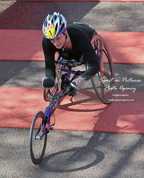 Tatyana McFadd (USA) wins the womens wheelchair race. Virgin Money London Marathon. London. UK. 13/04/2014. MANDATORY Credit Garry Bowden/Sportinpictures - NO UNAUTHORISED USE - 07837 394578