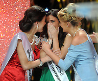 20-08-2013:  Haley O'Sullivan, Texas Rose , reacts with shock after being announced  as the 2013 Rose of Tralee at the festival dome in Tralee on Tuesday night.    Picture: Eamonn Keogh (MacMonagle, Killarney)