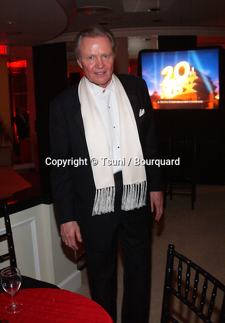 Joan Voight at the after party for the 59th Golden Globes-party at the Beverly Hilton in Los Angeles. January 20, 2002.            -            VoightJon04A.jpg