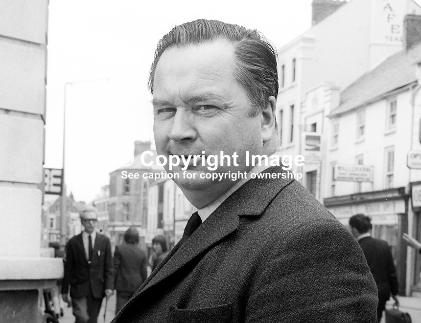 Robert Binnie, N Ireland Labour Party, candidate, Armagh, N Ireland Assembly Election, June, 1973, 197306000463<br />
