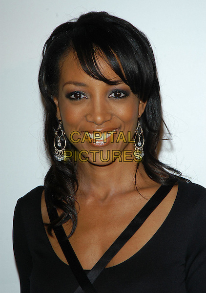 SHAUN ROBINSON.arriving at the Ray Charles Performing Arts Center fund raiser Gala held at the Beverly Hilton Hotel, Beverly Hills, California, USA,.29th September 2004..portrait hedashot.Ref: ADM.www.capitalpictures.com.sales@capitalpictures.com.©CH/AdMedia/Capital Pictures .