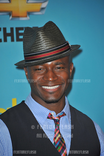 "Idina Menzel & Taye Diggs at the ""Glee"" spring series premiere party at Chateau Marmont, West Hollywood..April 12, 2010  Los Angeles, CA.Picture: Paul Smith / Featureflash"