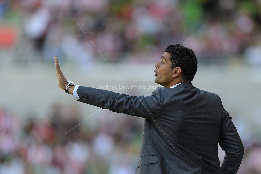 MELBOURNE - OCT 14: John Aloisi of the Heart signals to his players during the round two A-League match between the Melbourne Heart and the Wellington Phoenix at AAMI Park on 14 October 2012. (Photo Sydney Low/syd-low.com/Melbourne Heart)