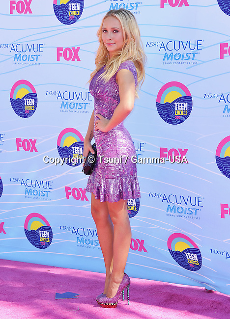 Hayden Panetierre at the Teen Choice 2012 Awards at the Universal Amphitheatre In Los Angeles.