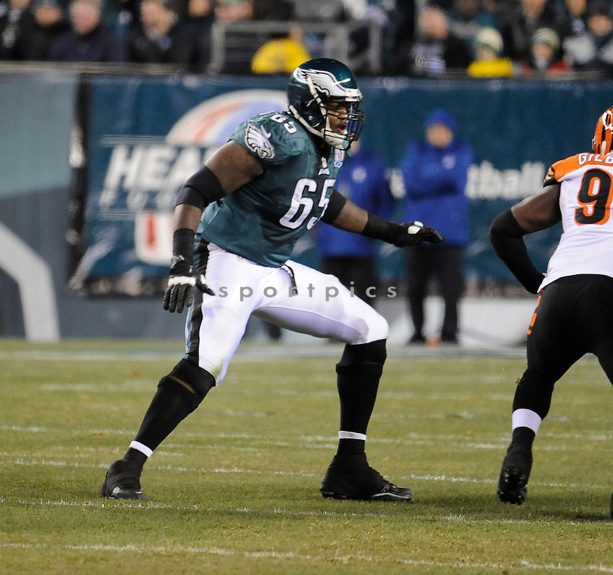 Philadelphia Eagles King Dunlap (65) in action during a game against the Bengals on December 13, 2012 at Lincoln Financial Field in Philadelphia, PA. The Bengals beat the Eagles 34-13.