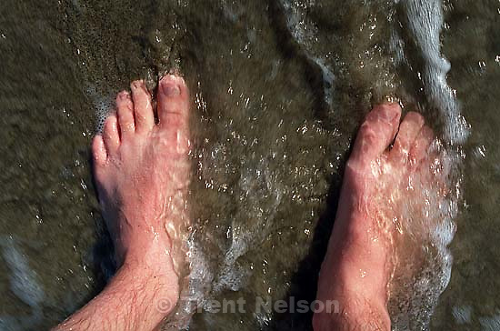 Trent feet and sand, waves<br />