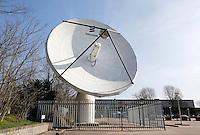 Nederland Hilversum 2016. Satelliet schotel bij het Media Park. Foto Berlinda van Dam