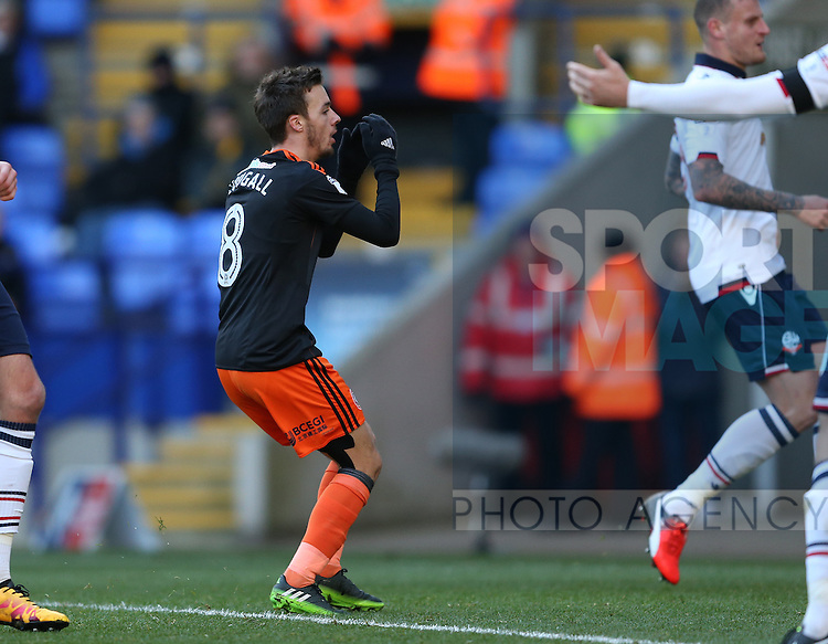 Stefan Scougall of Sheffield Utd reacts after missing a chance to score during the FA Cup Second round match at the Macron Stadium, Bolton. Picture date: December 4th, 2016. Pic Simon Bellis/Sportimage