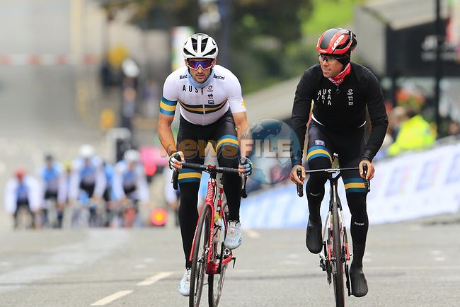Team Australia including Michael Matthews take advantage of free practice on the Harrogate Circuit before the Men Elite Individual Time Trial of the UCI World Championships 2019 running 54km from Northallerton to Harrogate, England. 25th September 2019.<br /> Picture: Eoin Clarke   Cyclefile<br /> <br /> All photos usage must carry mandatory copyright credit (© Cyclefile   Eoin Clarke)
