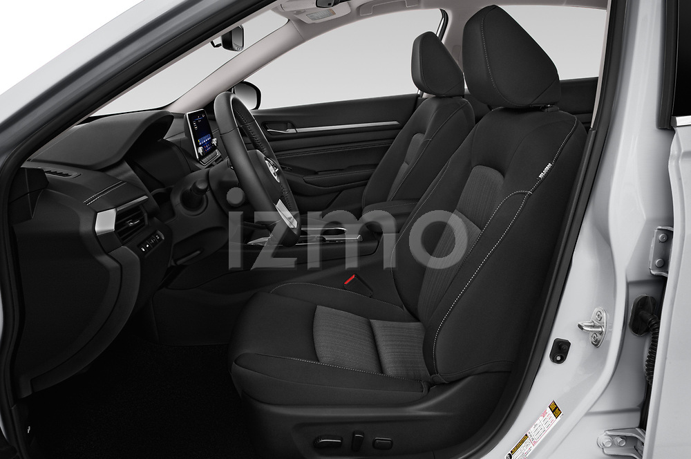 Front seat view of 2019 Nissan Altima SV 4 Door Sedan Front Seat  car photos