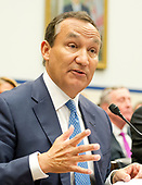 Oscar Munoz, Chief Executive Officer, United Airlines, gives testimony before the United States House Committee on Transportation and Infrastructure hearing concerning airline customer service issues in Washington, DC on Tuesday, May 2, 2017.<br /> Credit: Ron Sachs / CNP