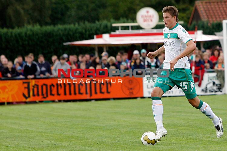 FBL 08/09 Test - BSV Kickers Emden vs. SV Werder Bremen in Loga bei Leer am 20.07.2008 1:2 (1:0)<br /> <br /> Freundschaftsspiel - Friendlymatch<br /> <br /> Sebastian PrŲdl (#15 AUT Werder Bremen).<br /> <br /> Foto &copy; nph (  nordphoto  ) *** Local Caption ***