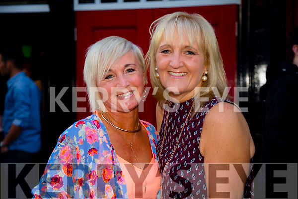 Pictured at the Rose of Tralee parade on Saturday night were Barbara Meredith and Susan Lally (from Dublin).