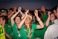 Irish scouts having party in the audience. Photo: André Jörg/ Scouterna