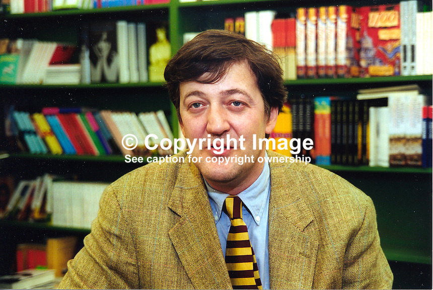 Stephen Fry, English, actor, writer, author, comic, humorist, playright, broadcaster, actor, at Hay Book Festival. 200005063...Copyright Image from Victor Patterson, 54 Dorchester Park, Belfast, UK, BT9 6RJ..Tel: +44 28 9066 1296.Mob: +44 7802 353836.Voicemail +44 20 8816 7153.Skype: victorpattersonbelfast.Email: victorpatterson@mac.com.Email: victorpatterson@ireland.com (back-up)..IMPORTANT: If you wish to use this image or any other of my images please go to www.victorpatterson.com and click on the Terms & Conditions. Then contact me by email or phone with the reference number(s) of the image(s) concerned.
