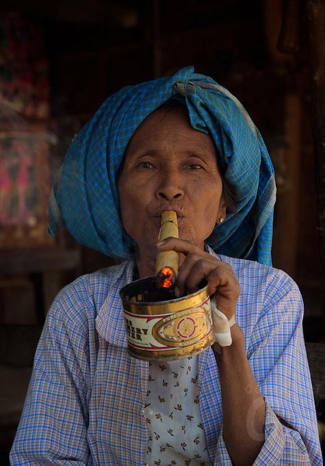 Daw Aye Than a 65 year old women from the traditional Minnanthu Village near Bagan, Myanmar/Burma
