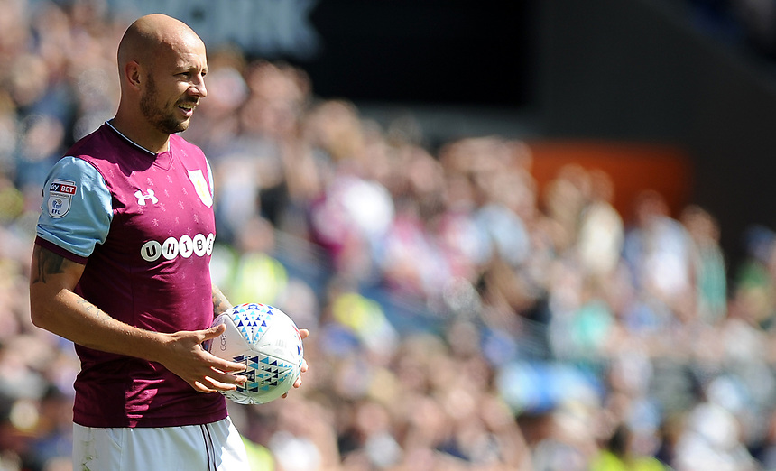 Aston Villa's Alan Hutton in action<br /> <br /> Photographer Ashley Crowden/CameraSport<br /> <br /> The EFL Sky Bet Championship - Cardiff City v Aston Villa - Saturday August 12th 2017 - Cardiff City Stadium - Cardiff<br /> <br /> World Copyright &copy; 2017 CameraSport. All rights reserved. 43 Linden Ave. Countesthorpe. Leicester. England. LE8 5PG - Tel: +44 (0) 116 277 4147 - admin@camerasport.com - www.camerasport.com