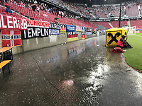 Unwetter in Klagenfurt überspült Spielfeldrand- 02.06.2018: Österreich vs. Deutschland, Wörthersee Stadion in Klagenfurt am Wörthersee, Freundschaftsspiel WM-Vorbereitung