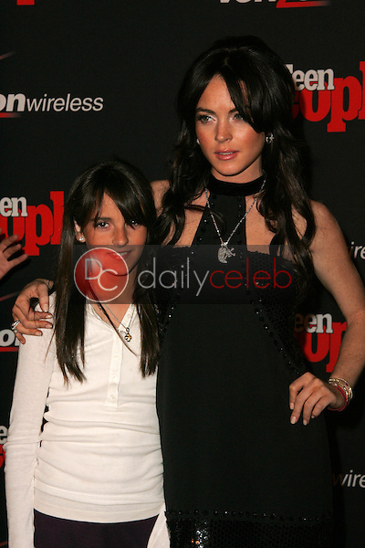 Lindsay Lohan and sister Aliana<br /> at the Teen People's 4th Annual Artists of the Year Party, Element, Hollywood, CA 11-22-05<br /> David Edwards/DailyCeleb.Com 818-249-4998