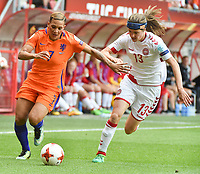 20170806 - ENSCHEDE , NETHERLANDS : Dutch Shanice van de Sanden (L) and Danish Sofie Junge Pedersen (R)  pictured during the female soccer game between The Netherlands and Denmark  , the final at the Women's Euro 2017 , European Championship in The Netherlands 2017 , Sunday 6th of August 2017 at Grolsch Veste Stadion FC Twente in Enschede , The Netherlands PHOTO SPORTPIX.BE | DIRK VUYLSTEKE