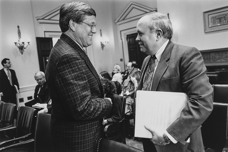 Chairman of House Oversight Committee Rep. Bill Thomas, R-Calif., greets Inspector General John Lainhart before meeting on April 24, 1997. (Photo by Maureen Keating/CQ Roll Call via Getty Images)