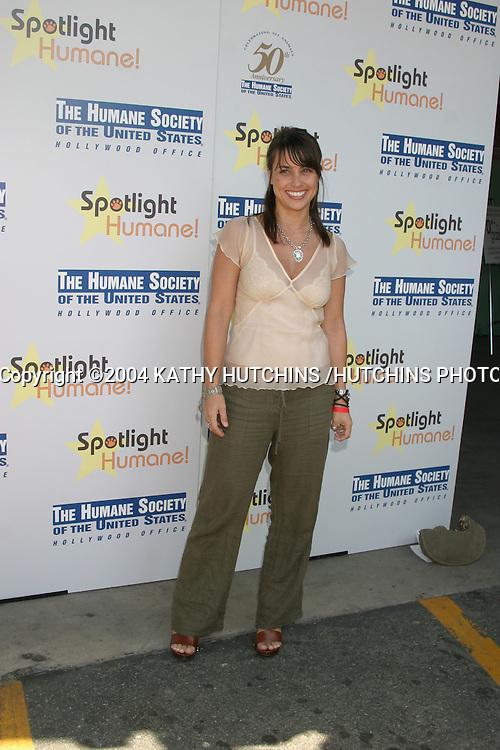 ©2004 KATHY HUTCHINS /HUTCHINS PHOTO.SPOTLIGHT HUMANE!.Los Angeles, CA.OCTOBER 10, 2004..CONSTANCE ZIMMER