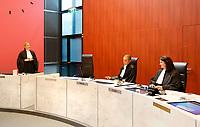 Nederland - Lelystad - 2017.  Open dag bij de Rechtbank in Lelystad.  Tijdens de open dag kan men onder andere een nagespeelde zitting bijwonen of een rondleiding door het gebouw volgen. Op de foto rechts de griffier, in het midden de rechter en links de officier van justitie.    Foto mag niet in schadelijke context voor de gefotografeerde personen worden gepubliceerd.  Foto Berlinda van Dam / Hollandse Hoogte