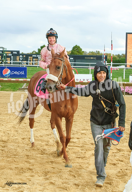 Odlum winning at Delaware Park on 10/17/15