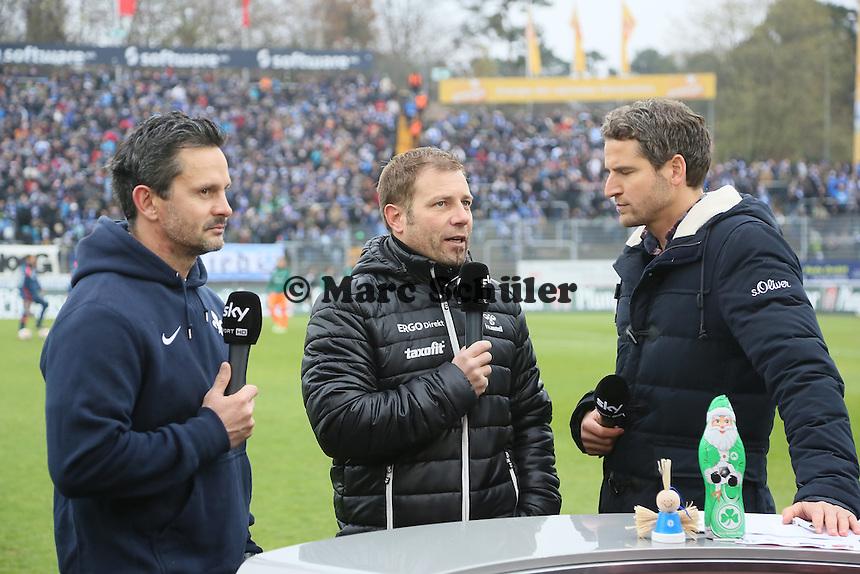 Trainer Dirk Schuster (SV 98) und Trainer Frank Kramer (Fuerth) im Interview - SV Darmstadt 98 vs. SpVgg. Greuther Fuerth, Stadion am Boellenfalltor