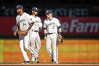 Milwaukee Brewers players & game action