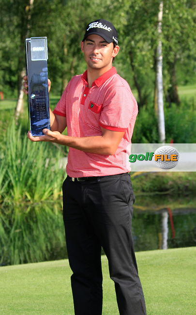 Pablo Larrazabal (ESP) wins the tournament after 5 playoff  holes against fellow countryman Sergio Garcia (ESP) during the Final Day of the BMW International Open at Golf Club Munchen Eichenried, Germany, 26th June 2011 (Photo Eoin Clarke/www.golffile.ie)