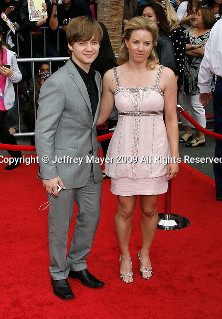 "HOLLYWOOD, CA. - April 02: Jason Earles arrives at the premiere of Walt Disney Picture's ""Hannah Montana: The Movie"" held at the El Captian Theatre on April 2, 2009 in Hollywood, California."
