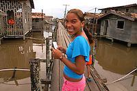 Vila de  Jenipapo. vila construída acima dágua com casas interligadas por pontes de madeira conhecidas na região como estivas, beira do lago Arari. Marajó.<br /> Santa Cruz do Arari, Pará, Brasil.<br /> 08/05/2006<br /> Foto Paulo Santos/Interfoto