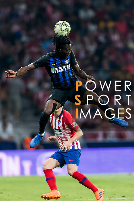 Yann Karamoh of FC Internazionale heads the ball during their International Champions Cup Europe 2018 match between Atletico de Madrid and FC Internazionale at Wanda Metropolitano on 11 August 2018, in Madrid, Spain. Photo by Diego Souto / Power Sport Images