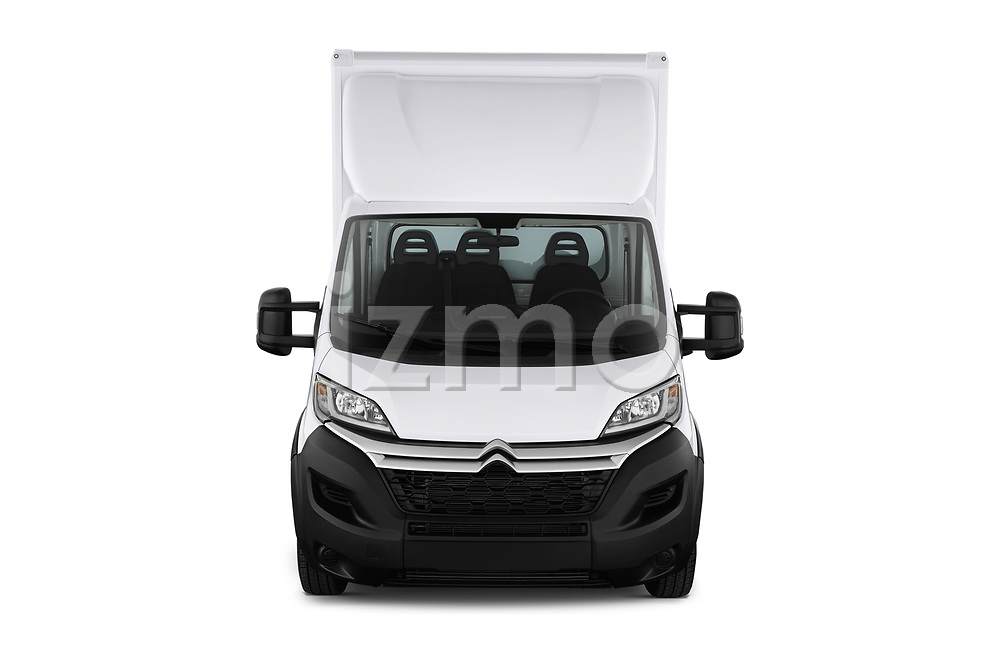Car photography straight front view of a 2019 Citroen Jumper - 2 Door Cutaway Front View