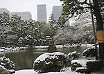 February 29, 2012, Kotesashi, Japan - Tokyos Hibiya Park is blanketed in snow on Wednesday, February 29, 2012. A freak early spring storm triggered by low pressure in the Pacific Ocean south of Japan brought fresh snow over wide swaths in the Kanto Area from the wee hour of Wednesday, disrupting land-sea-air transportation services. (Photo by Natsuki Sakai/AFLO) AYF -mis-