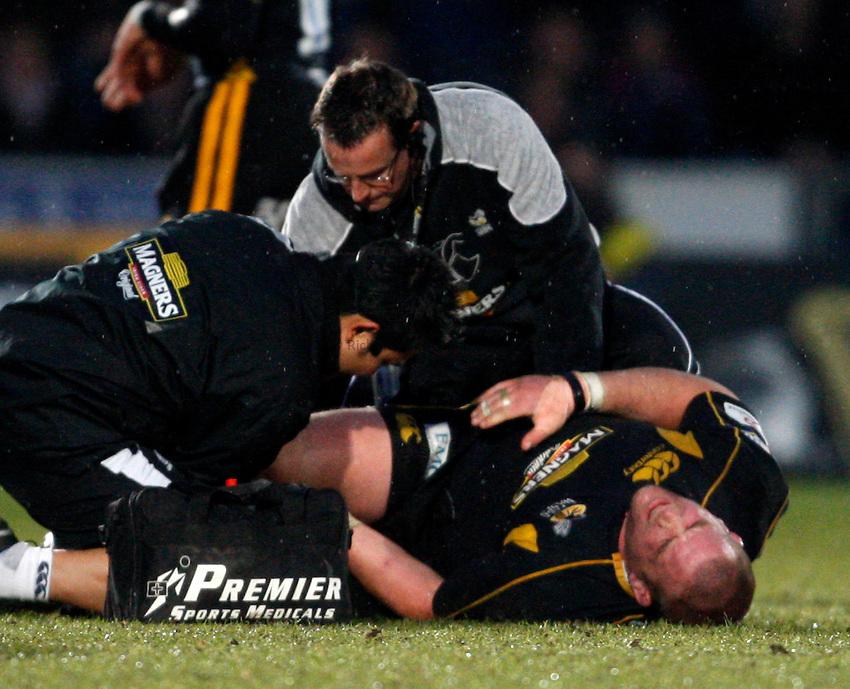 Photo: Richard Lane/Richard Lane Photography..London Wasps v Sale Sharks. Guinness Premiership. 15/04/2008. Wasps' Phil Vickery receives medical treatment for a knee injury.