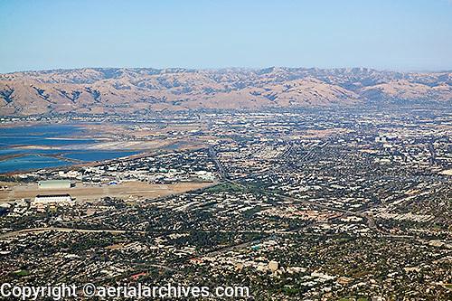 aerial photograph Mountain View, Moffett Field, Santa Clara county, California
